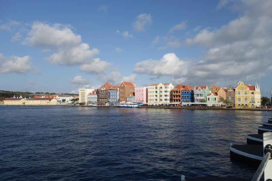 Queen Emma Bridge Willemstad