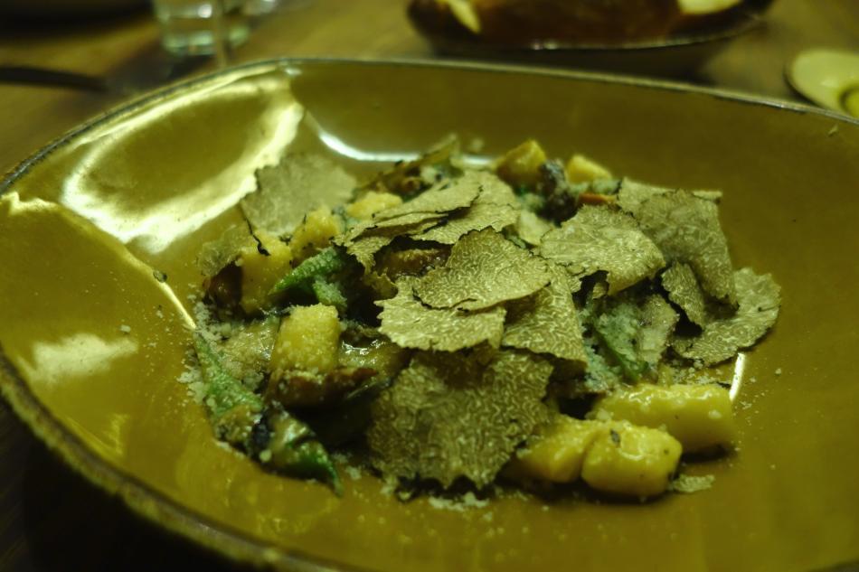 Giulia Pasta Table