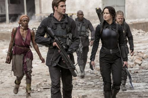 Photo of Katniss and Gale.