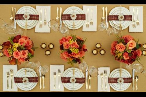 Photo of Thanksgiving table setting.